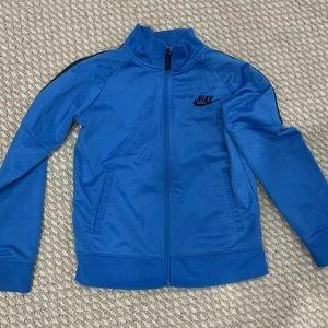 Nike boys jacket / sweater size 6